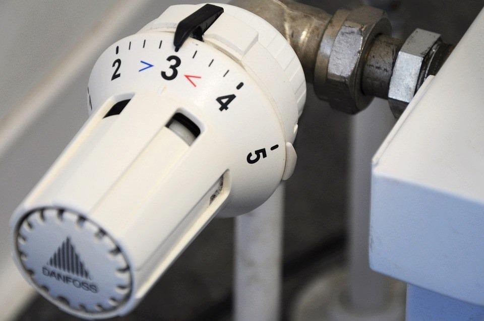 Désembouer votre radiateur : une opération à faire avant l'hiver