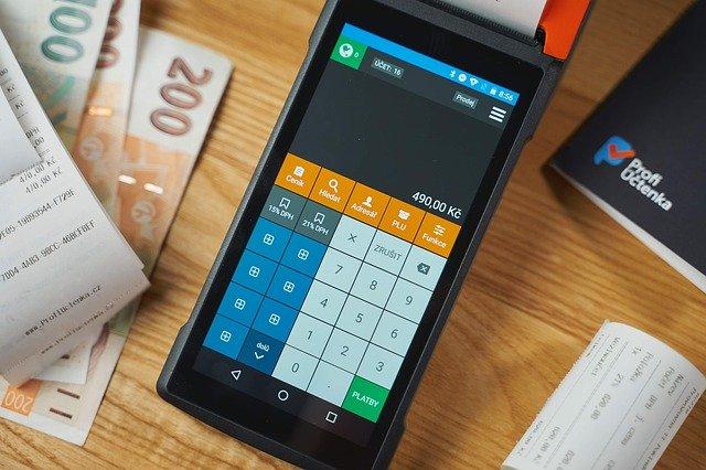 Pourquoi votre petite entreprise a besoin de plus qu'une simple caisse enregistreuse ?